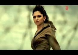 Deepika Padukone make her appearance in which famous song of Himeh Reshammiya?