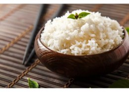 Does eating rice cause water retention?