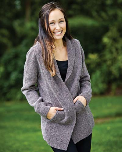 PT8340 - Cardigan with pockets in the front bands - 8 Ply