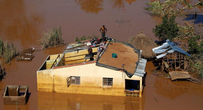 Cyclone Idai attack hits 700