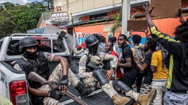 Bandas delictivas secuestran en Haití a 17 misioneros estadounidenses y familiares