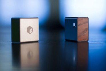 MBLOK - almacenamiento para smartphones y tablets