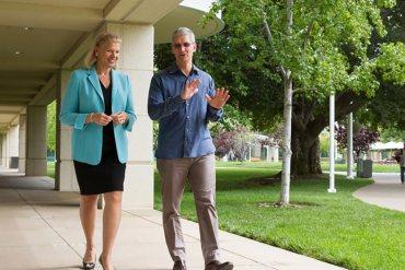 Apple IBM - Tim Cook y Virginia Rommetty