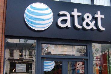 FTC demanda a AT&T