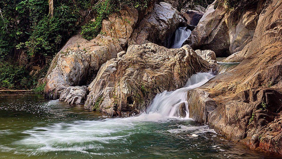 Puerto Rico Rio caonillas utuado