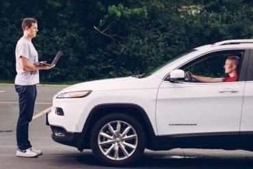 Logran hackear un Jeep Cherokee