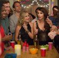 """Amy Poehler y Tina Fey se """"tripean"""" Star Wars con tráiler de Sisters"""