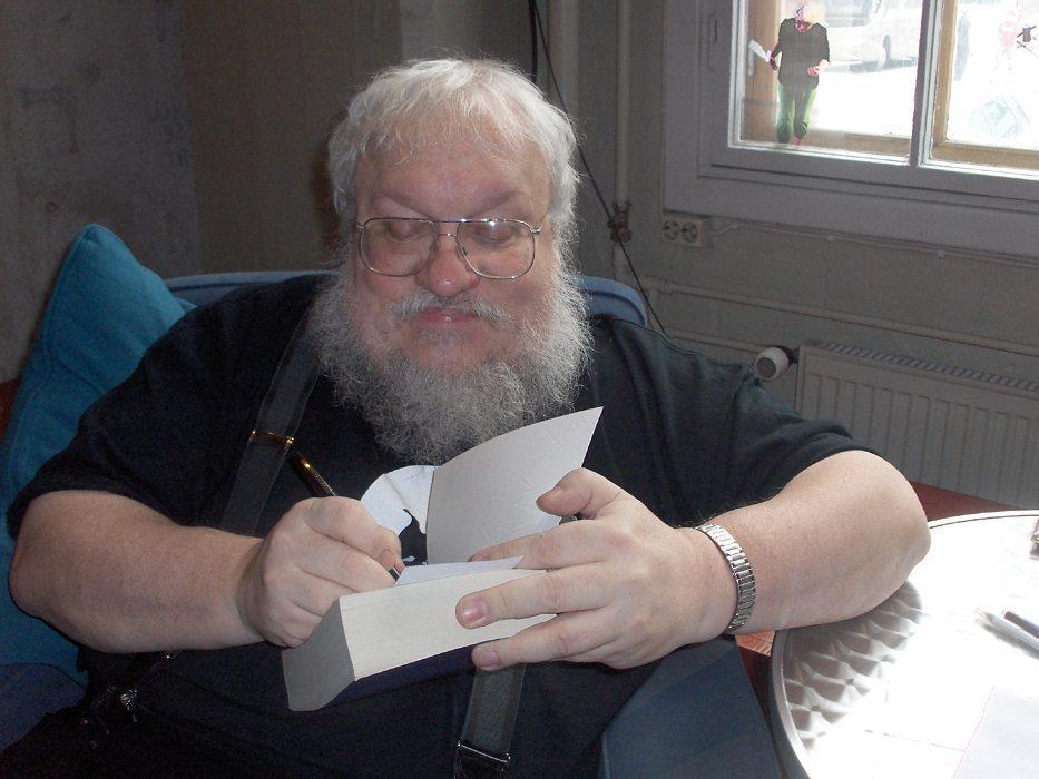 """""""Al final, todo el mundo muere, mis lectores pierden su fe en la humanidad, y la voluntad para vivir. Todo un final feliz"""""""