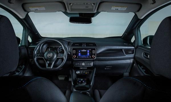 2020 Nissan Nissan LEAF SV Plus