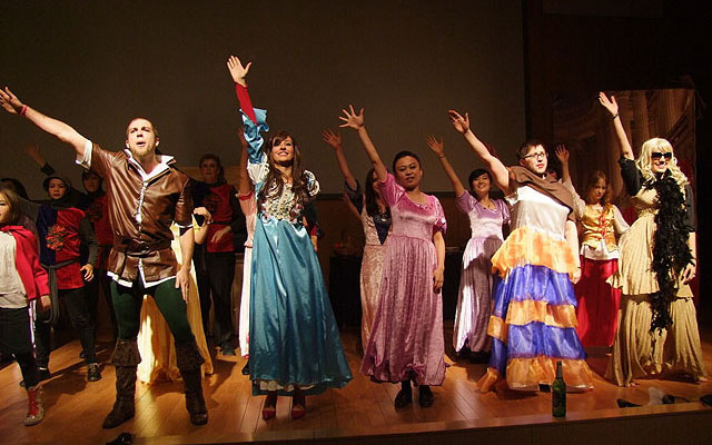 Qingdao International Drama Group Panto 2012 Recruitment