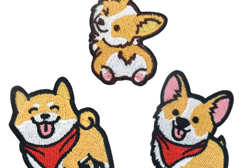 Promotional Custom Embroidered Service Logo 100% Machine Cute Animal Dog Colorful Embroidery Patches