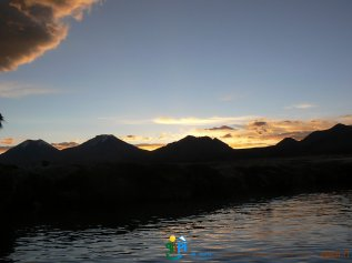 2008-09-28-Campo_base_Sajama-Aguas_Thermales-33