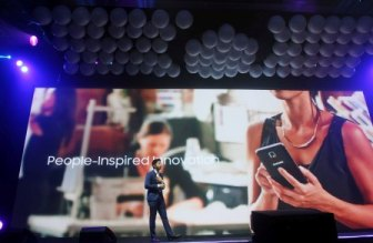 Rhinn Piczon, Business Unit for IT and mobile, Samsung Electronics Philippines, talks about how Samsung relentlessly pursues people-inspired innovation to power new discoveries and experiences
