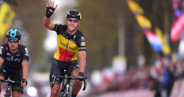 Philippe Gilbert writes history at Amstel Gold Race Read