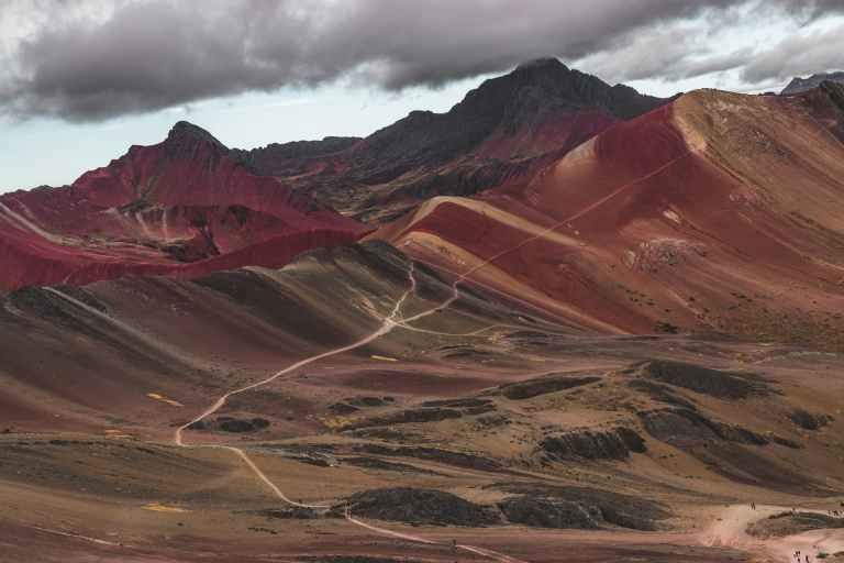 QosqoExpeditions - Rainbow Mountain in Vinicunca – Mountain of Seven Colors in Perú
