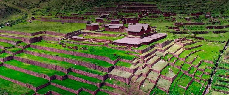 QosqoExpeditions - Huchuy Qosqo Trek and Machu Picchu