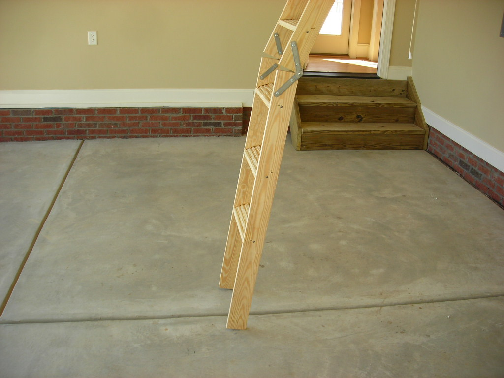 Raleigh Home Inspection   Attic Pull Down Stair Too Short   New Construction