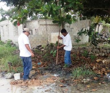 Para mejorar el servicio que se brinda a la ciudadanía, CAPA repara fugas de agua en Felipe Carrillo Puerto 2