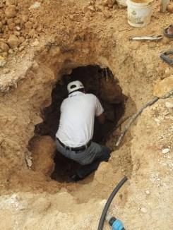 Para mejorar el servicio que se brinda a la ciudadanía, CAPA repara fugas de agua en Felipe Carrillo Puerto 3