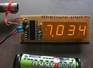 Frequency counter with PIC and 4 to 5digit LED display
