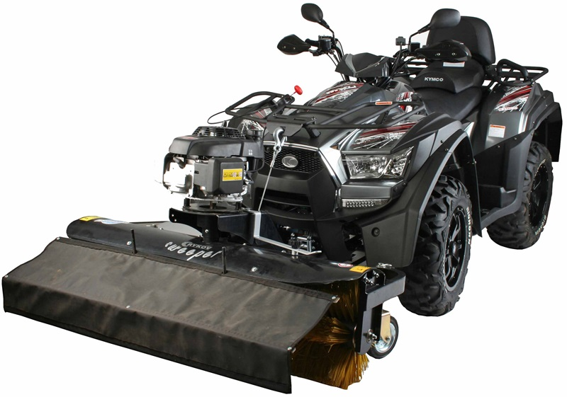 Kehrmaschine am Kymco ATV MXU 700 EXi EPS LOF_Bildquelle Kymco