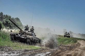 Die BRESLAU führte auch über einen NATO-Übungsplatz.