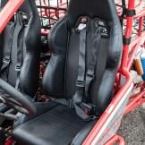 Bequem: Die Sitze sind verschiebbar und auch für große Personen geeignet.