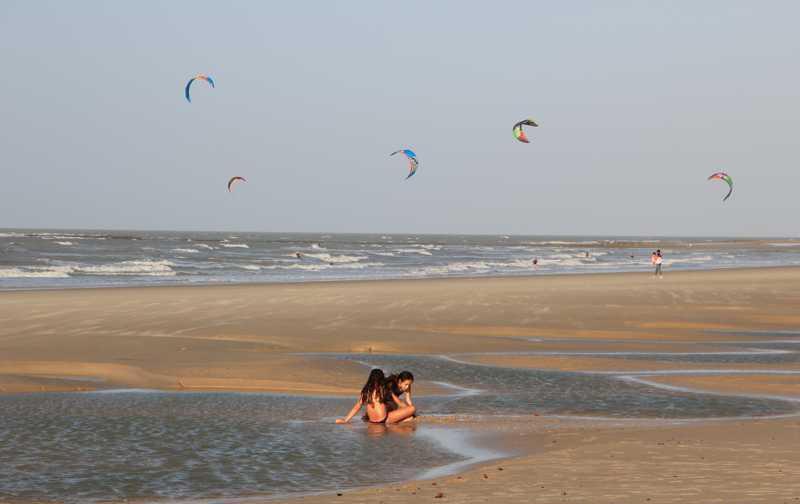 fotos_25998_sao_luis_kitesurf_na_praia_do_meio