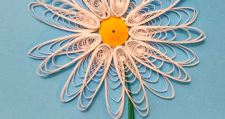 Paper Quilled Simple Daisy