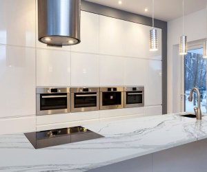 Kitchen: Click to view full size image