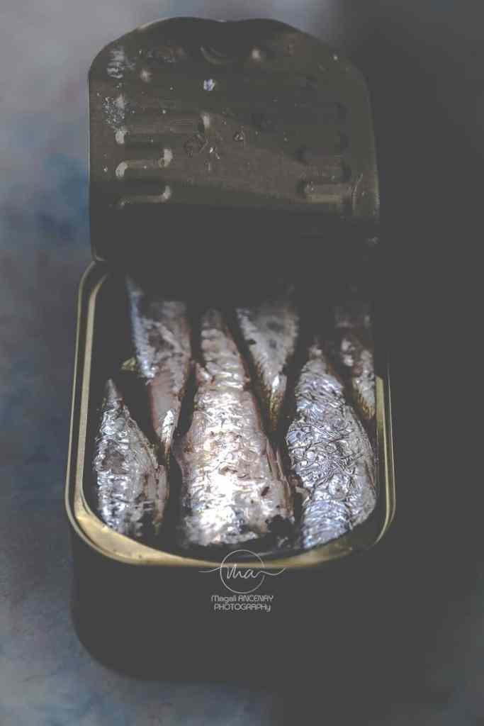 Pizza sans gluten, salsa verde et sardines Magali ANCENAY Photographe Culinaire