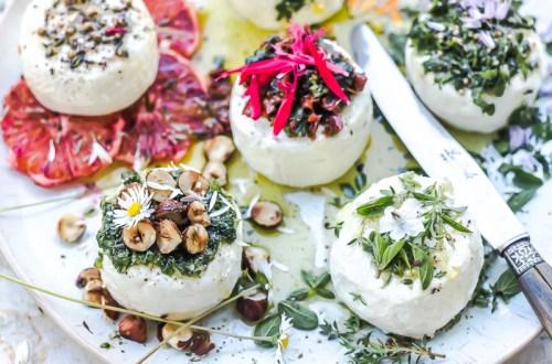 Fromages de chèvre en condiments variés - Magali ANCENAY