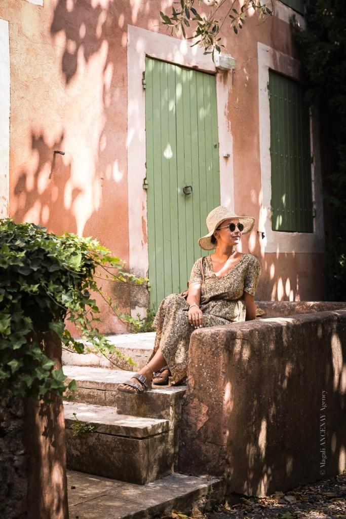 Robion et ces façades colorées - Magali ANCENAY