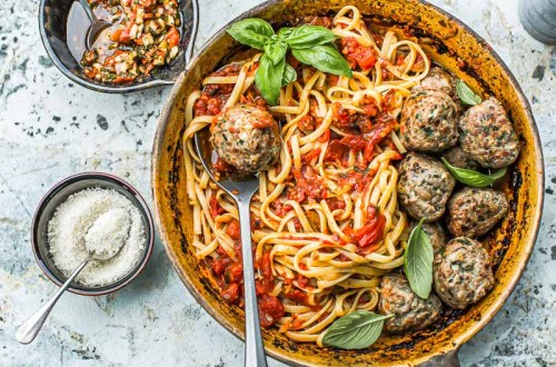 Sauce tomates boulettes - Magali ANCENAY