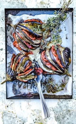 Eventails d'aubergines, mozzarella et origan