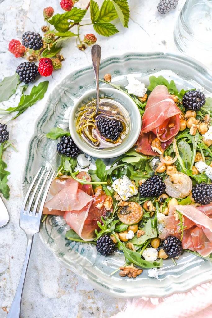 Salade chèvre mûres et noix -Magali-ANCENAY