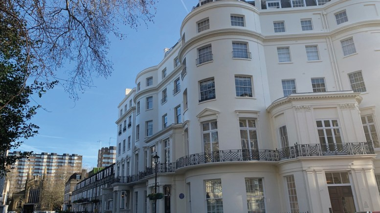 Gunning London abseils to success in prestigious London residence