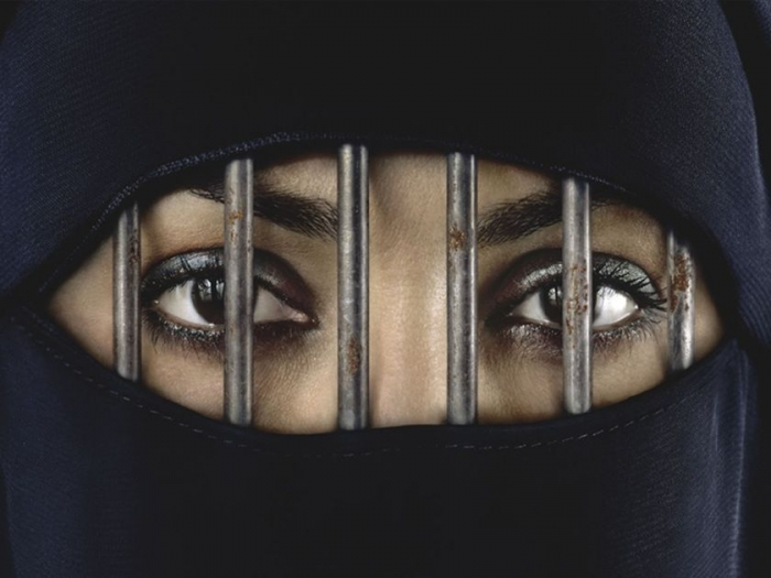 burka 150809-thumb-large