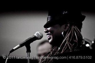 Carolyn-T-Singer-Voice-Performance-Coach-Motivational-Speaker-Actor-photo-by-Ian-Liwanag2.jpg