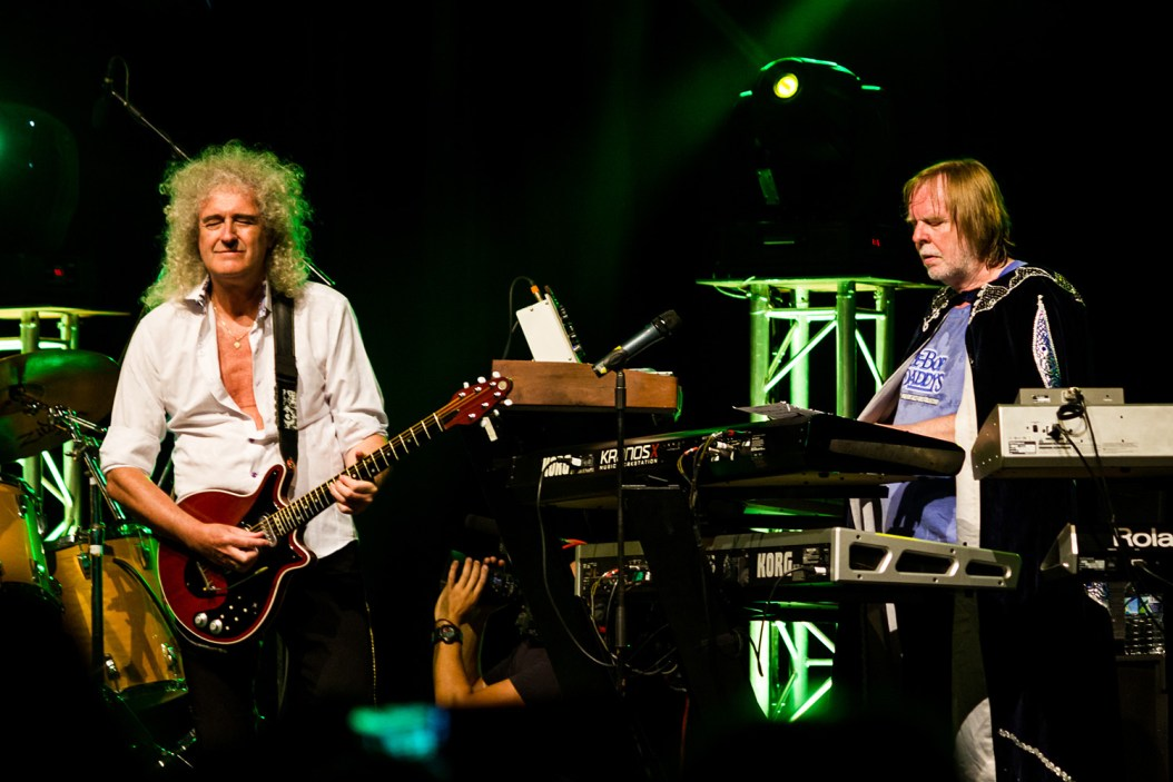 https://i1.wp.com/www.queenconcerts.com/inc/photos-guest/2014-09-26a.jpg?resize=1054%2C703