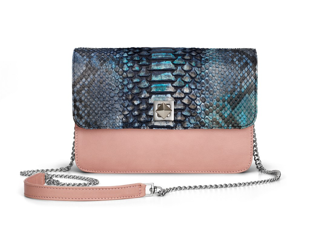 De Marquet_Night&Day_Dark Blue Python Flap_Pink Base_Chain