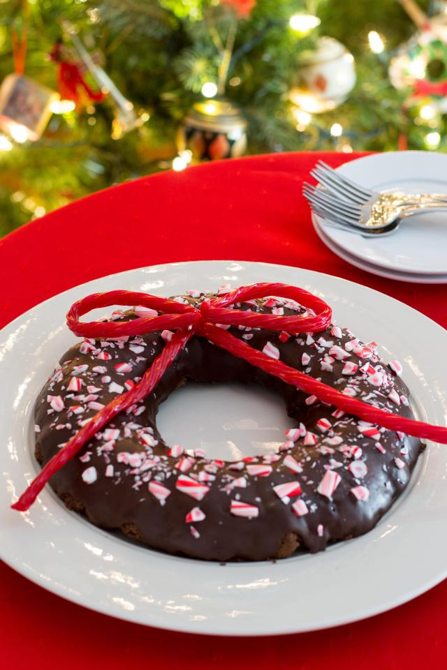 Peppermint Black Bean Brownie Wreath - Use a standard bundt pan to make this fun, festive, and slightly healthier holiday dessert with classic Yuletide flavor! | QueenofMyKitchen.com