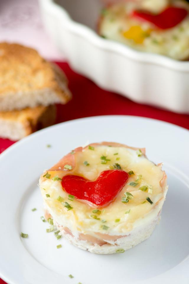 Valentine Prosciutto Egg Cups – Surprise your loved ones with a special breakfast on Valentine's Day!   QueenofMyKitchen.com