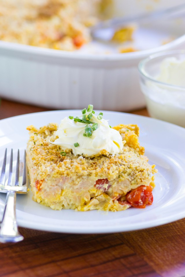 Mac and Cheese in Cauliflower Sauce – A rich and creamy sauce made from cauliflower is the base for this delicious, gluten-free pasta casserole.   QueenofMyKitchen.com