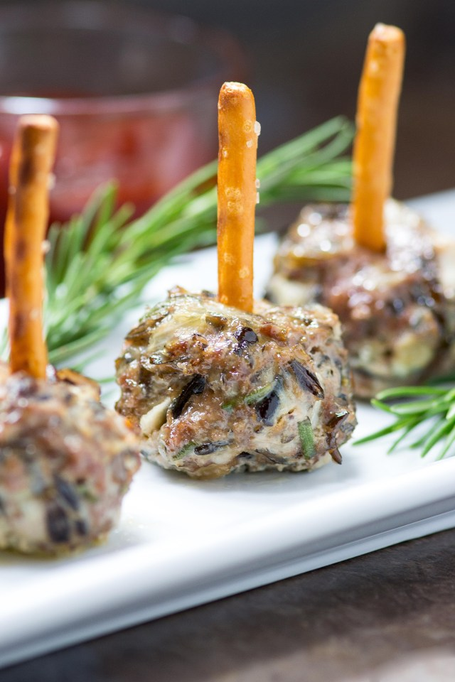 Blue Cheese Wild Rice Mini Meatballs are a unique, easy to eat, cocktail party appetizer bursting with savory flavor. | QueenofMyKitchen.com