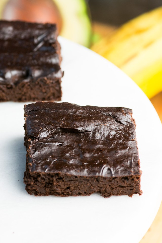 Dark Chocolate Avocado Banana Brownies - Simple to make healthy brownies with rich, dark chocolate flavor. | QueenofMyKitchen.com | #brownies #glutenfree #glutenfreerecipes #dairyfree #paleo #norefinedsugar