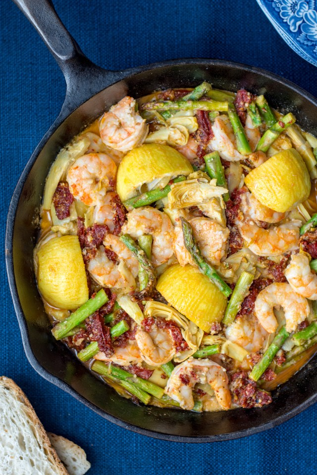Dump and Bake Parmesan Shrimp and Vegetable Casserole -The easiest recipe ever! You can have this impressive dish on the dinner table in under 30 minutes. Gluten-free. | QueenofMyKitchen.com | #dinner #easydinner #shrimp #shrimpdinner #glutenfree #glutenfreerecipe #glutenfreerecipes #dumpandbake