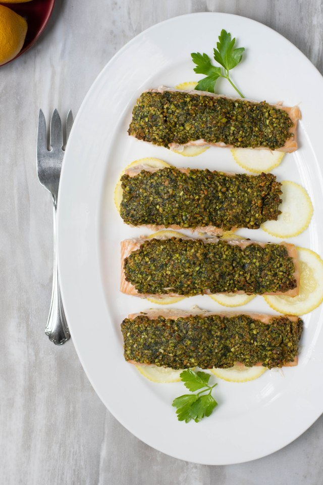 Apricot Pistachio Crusted Salmon - Get a healthy dose of omega-3's with this easy and elegant dish you can have on the dinner table in under 30 minutes. | QueenofMyKitchen.com |#glutenfree #fish #gluten-free #seafood #omega-3's #dinner #easydinner