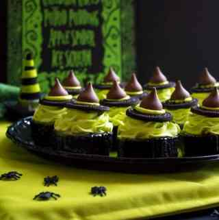 Mini Melting Witch Cheesecakes