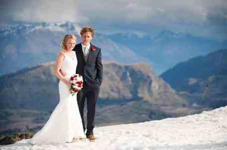 Candice_Bryn_Coronet_Peak_Heidis_Hut_wedding_reception_12